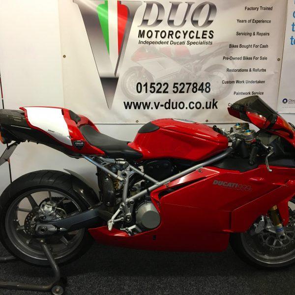 "<span class=""light"">Ducati</span> 999s Monoposto (10)"
