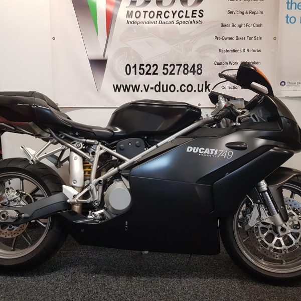 "<span class=""light"">Ducati</span> 749 Dark (8)"